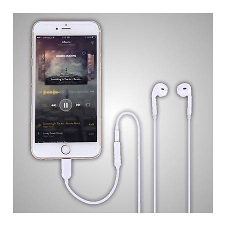 iPhone Headphone Jack Adapter Lightning to 3.5 mm